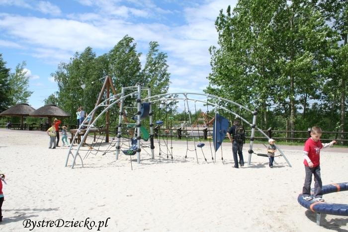 Dinopark - Park Dinozaurów JuraPark Krasiejów - place zabaw dinoparku