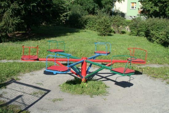 Plac zabaw na Nowym Dworze we Wrocławiu, ul. Rogowska