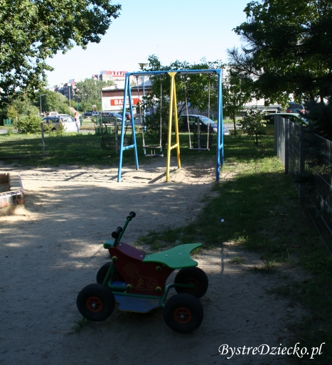 Plac zabaw Wrocław Nowy Dwór, ul. Zemska