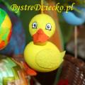 Kaczka z wydmuszki - pisanka wielkanocna na warsztatach plastycznych dzieci