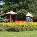 Plac zabaw Wrocław Leśnica położony w Parku Leśnickim