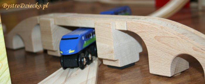 Kolejka drewniana Ikea - podniesione mosty