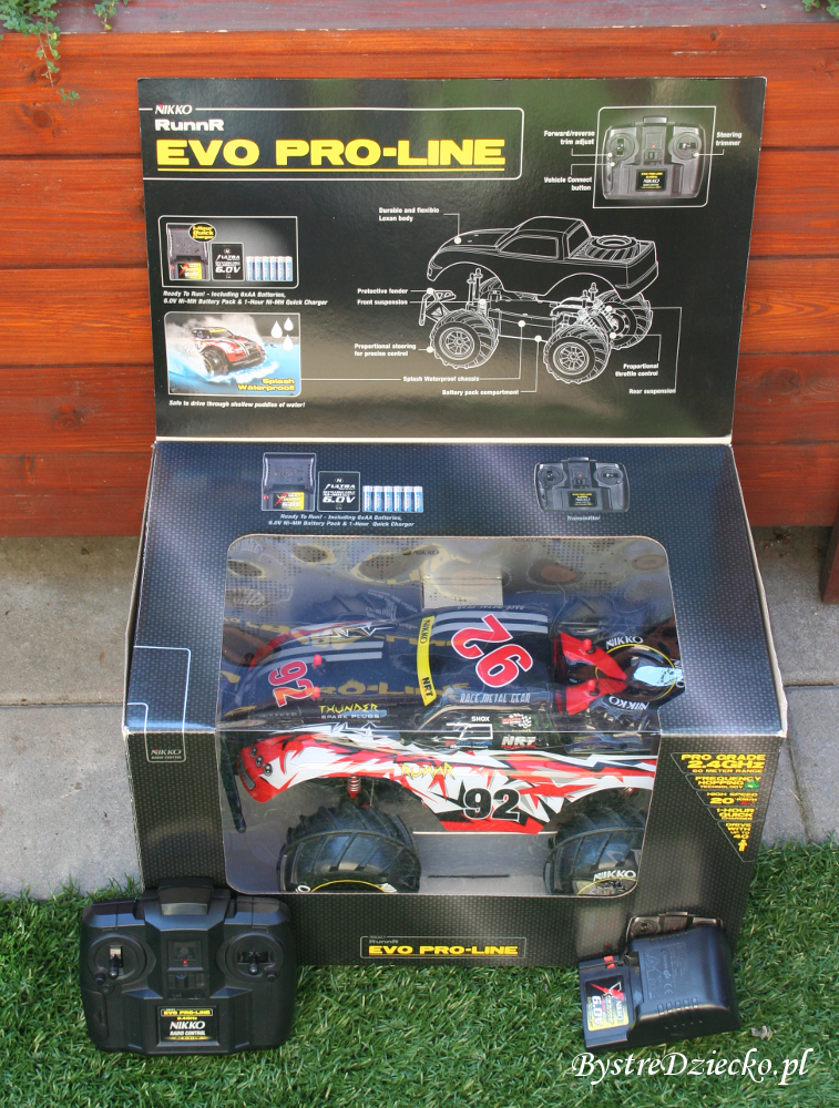 Modele RC dla dzieci - samochód zdalnie sterowany Nikko RunnR EVO PRO-LINE
