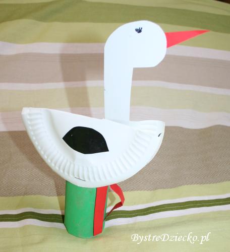 Zajęcia plastyczne dla dzieci w przedszkolu - 'Dzień otwartych drzwi - Wiosna' - bocian z papieru