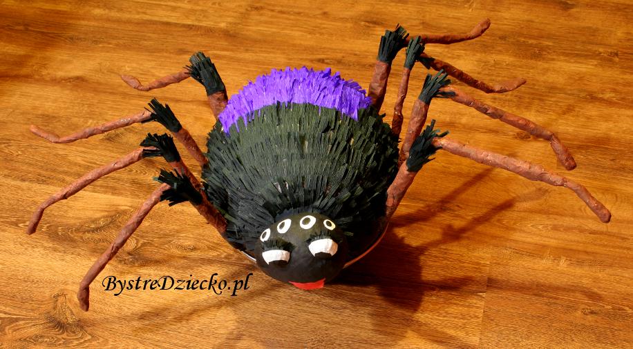 DIY jak zrobić piniatę - pająk jako zabawy na urodziny i Halloween