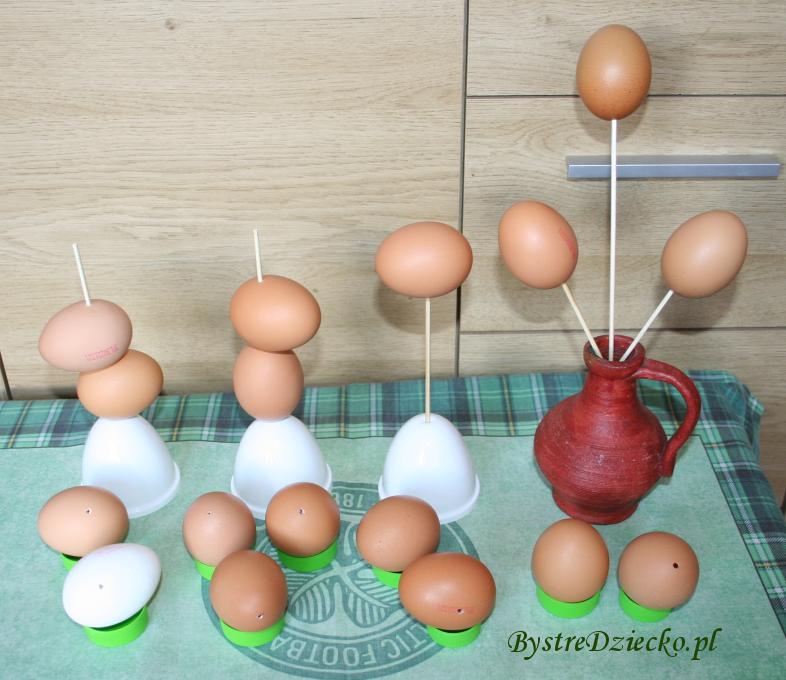 Jak zrobić wydmuszkę z jajka - z jedną dziurką lub dwoma - pisanki wielkanocne