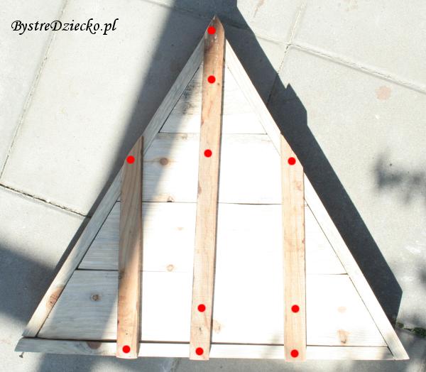Ogrodowa doniczka z palet wykonana na zajęciach technicznych dla dzieci